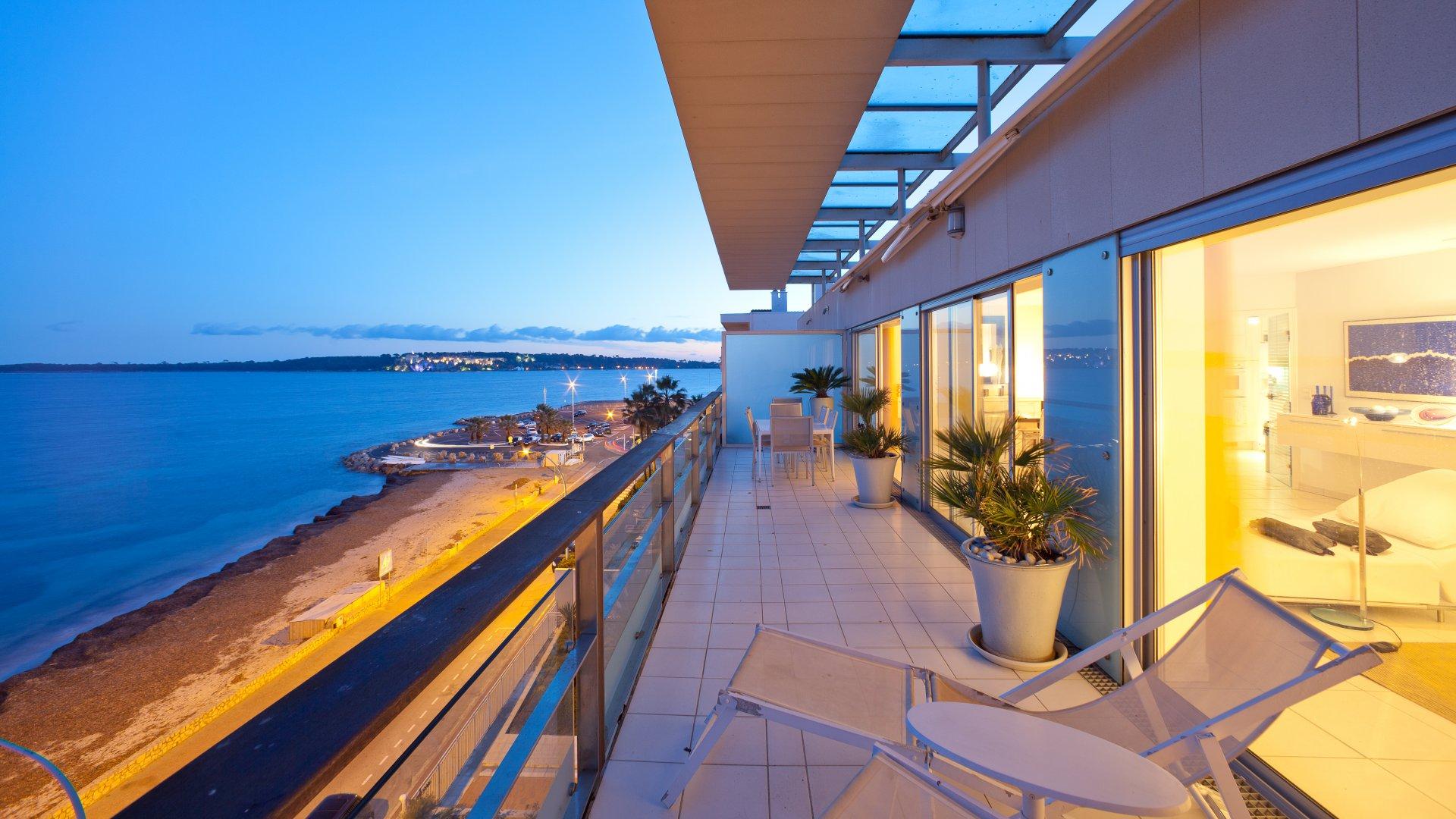 annonce location saisonni re appartement cannes palm beach 06400 6 couchages ref l0524ca. Black Bedroom Furniture Sets. Home Design Ideas