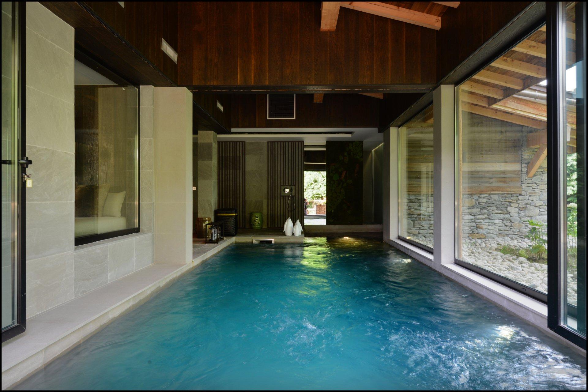 Annonce location saisonni re chalet combloux 74920 10 for Combloux piscine