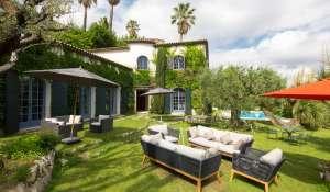 Location saisonnière Villa Grasse
