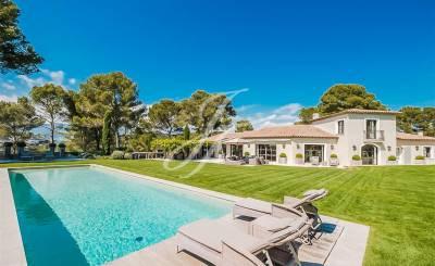 Location saisonnière Villa Mougins