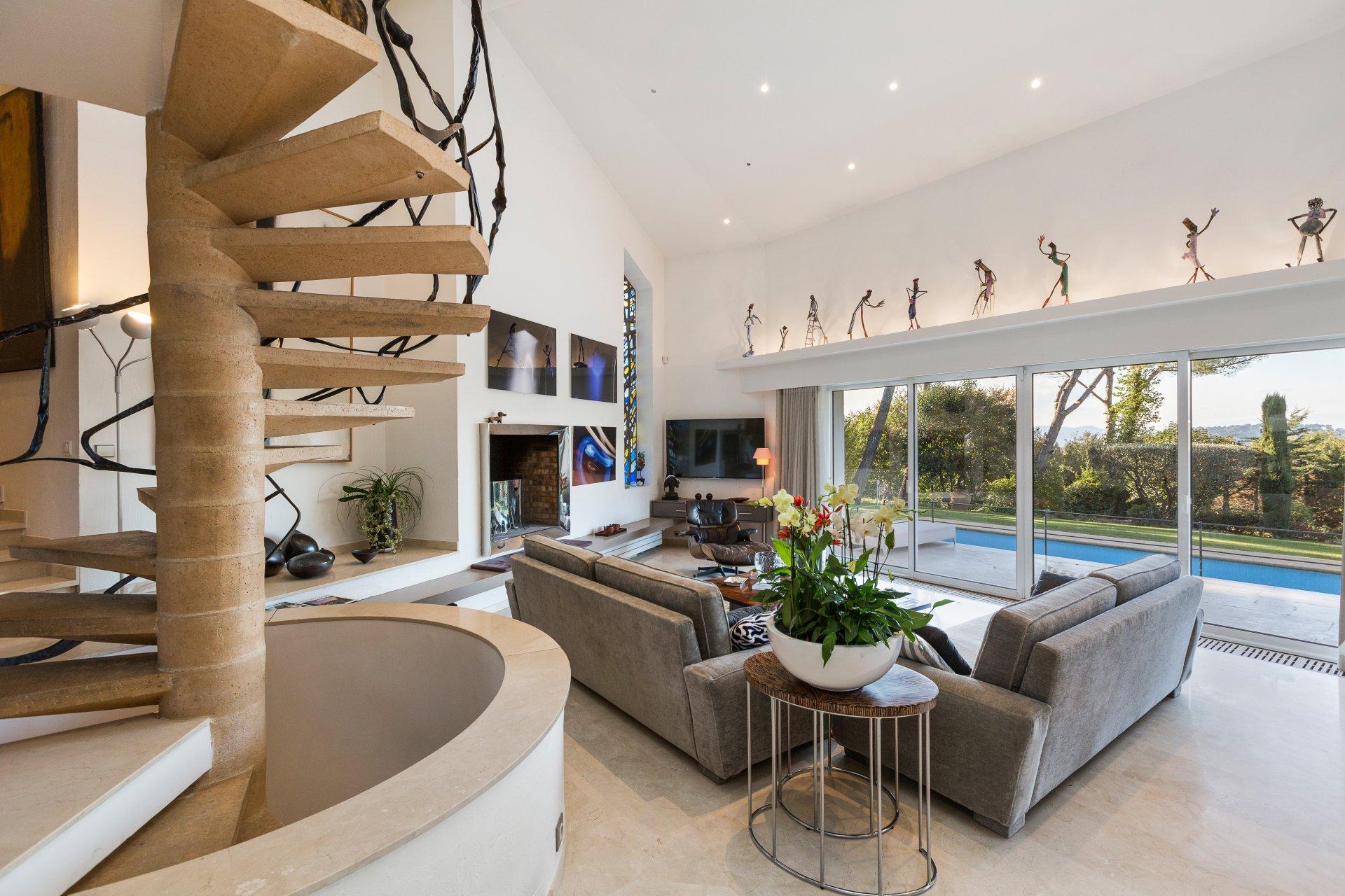 annonce location saisonni re villa mougins 06250 6 pi ces 10 couchages john taylor. Black Bedroom Furniture Sets. Home Design Ideas