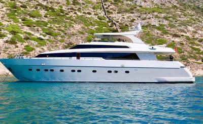 Location Yacht Mandelieu-la-Napoule