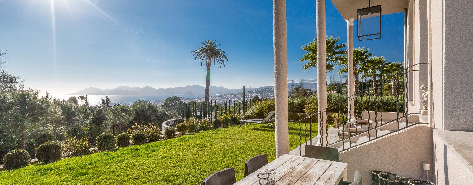 annonce vente maison cannes californie 06400 6 pi ces 240 m john taylor. Black Bedroom Furniture Sets. Home Design Ideas