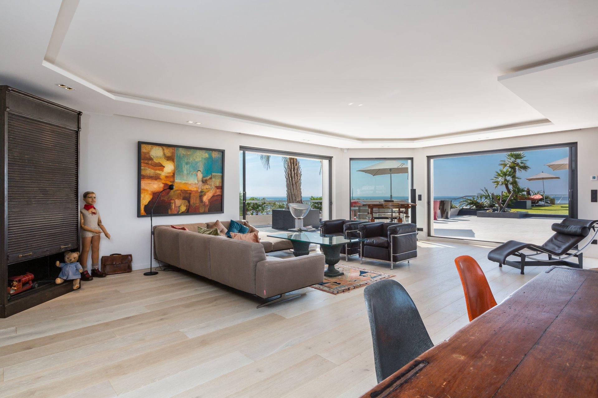 annonce vente villa sur toit cannes 06400 4 pi ces john taylor. Black Bedroom Furniture Sets. Home Design Ideas